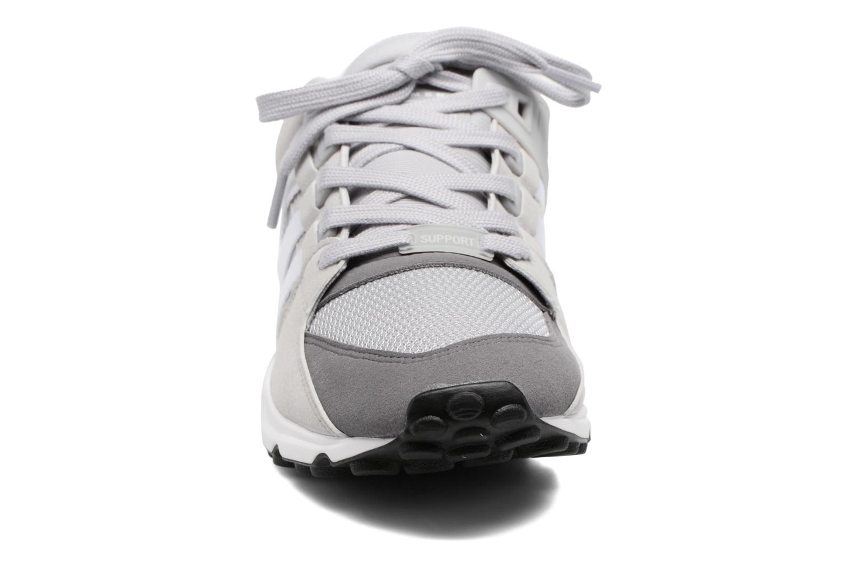 Sneakers Adidas Originals Eqt Support Rf Grigio modello indossato
