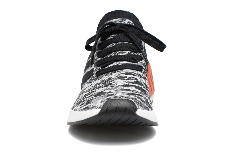 Baskets Adidas Originals Nmd_R2 Pk Noir vue portées chaussures
