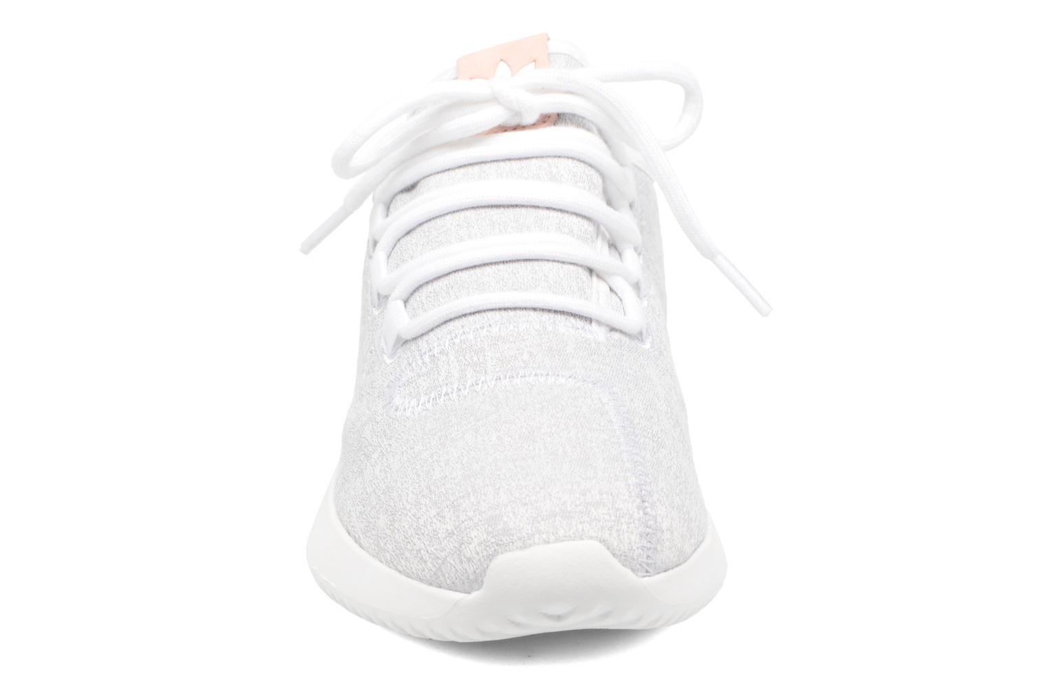 Sneakers Adidas Originals Tubular Shadow W Bianco modello indossato