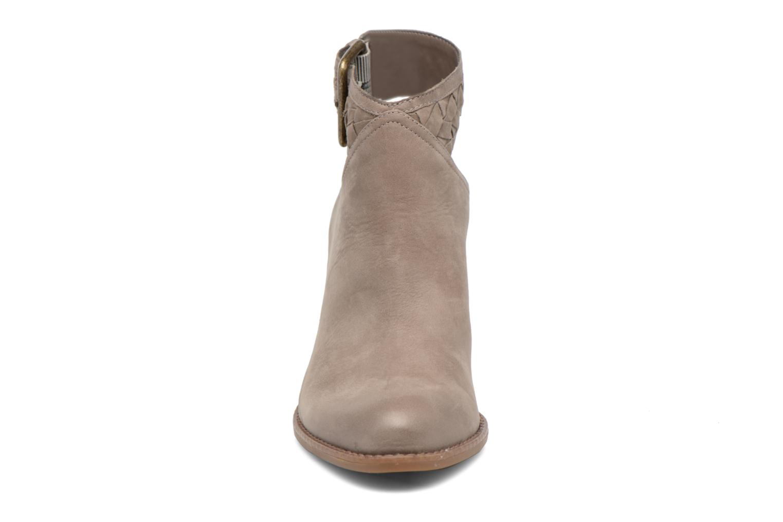 Bottines et boots Aldo ADRAYNIA Marron vue portées chaussures