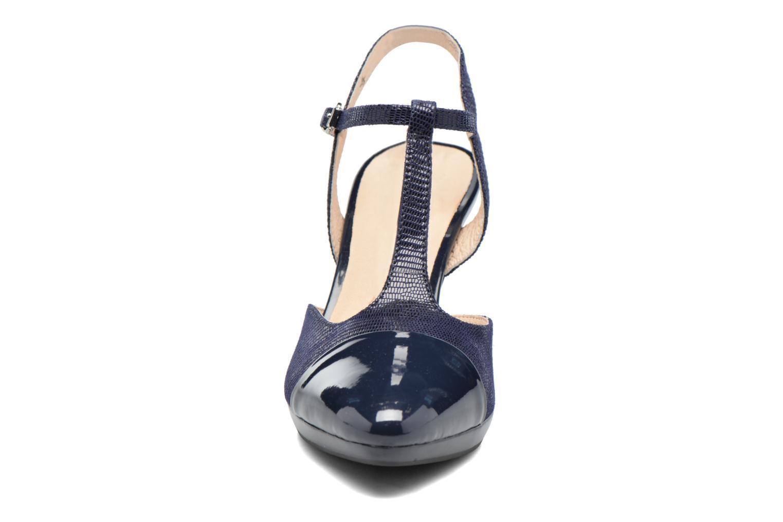 Sandales et nu-pieds Caprice Ashley 2 Bleu vue portées chaussures