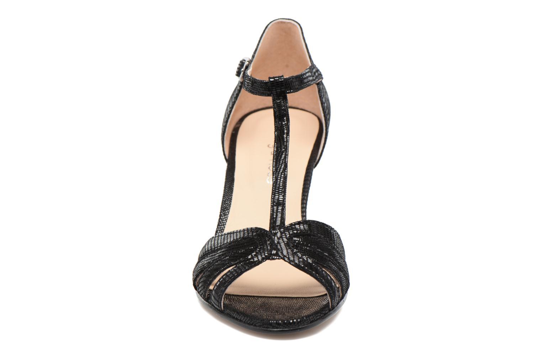 Sandales et nu-pieds Georgia Rose Salapa Noir vue portées chaussures