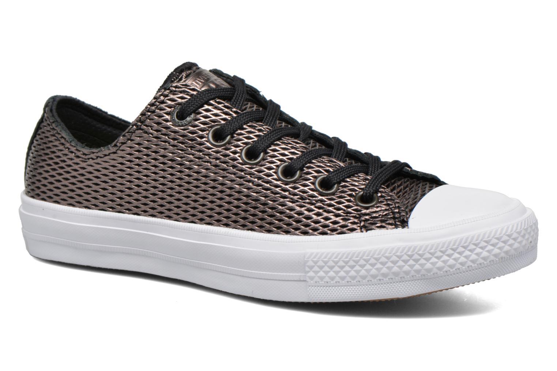 Baskets Converse Chuck Taylor All Star II Ox Perf Metallic Leather Noir vue détail/paire