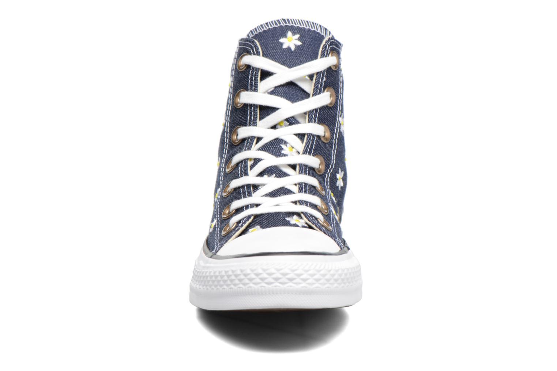 Sneakers Converse Chuck Taylor All Star Hi Denim Floral Azzurro modello indossato