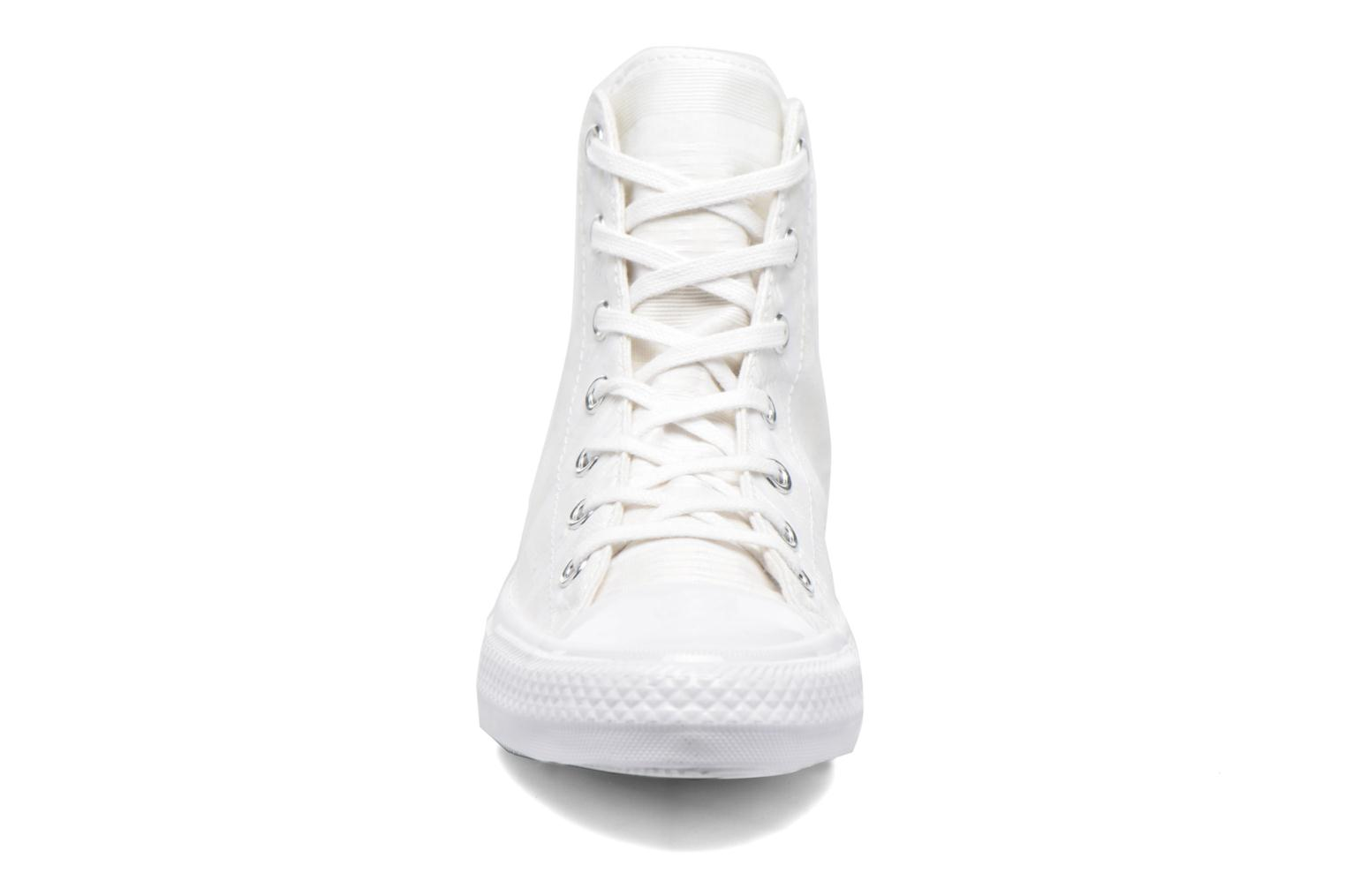 Baskets Converse Chuck Taylor All Star Gemma Hi Engineered Lace Blanc vue portées chaussures