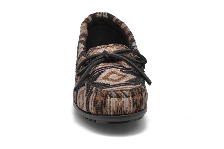 Mocassins Minnetonka Baja Moc Noir vue portées chaussures