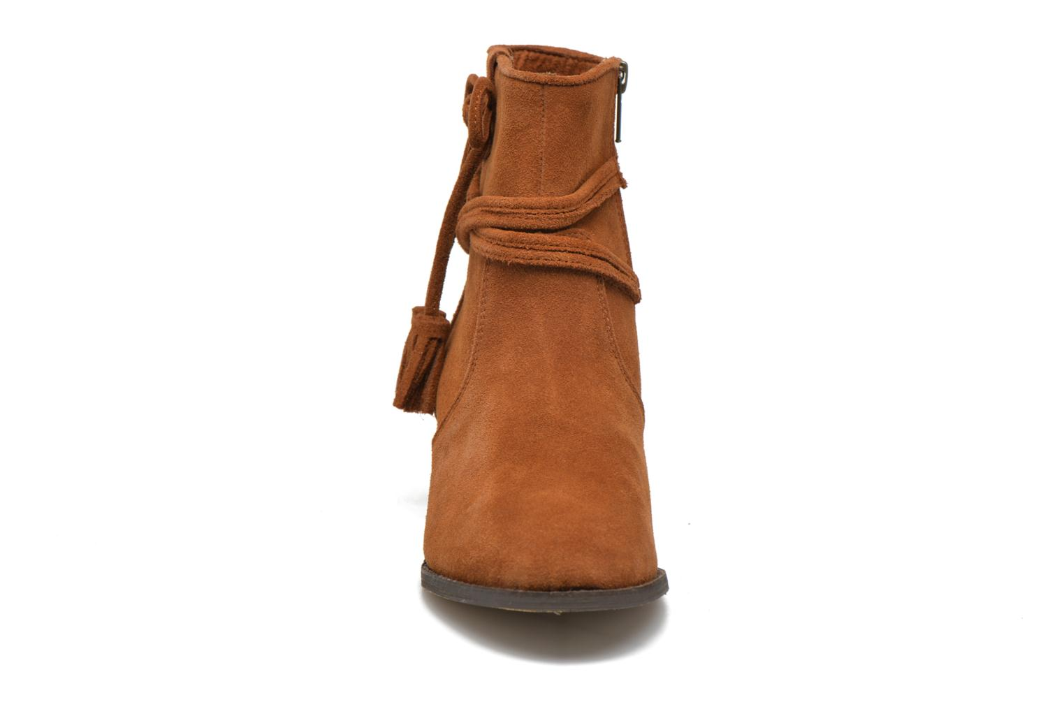 Mesa Boot Brown Suede