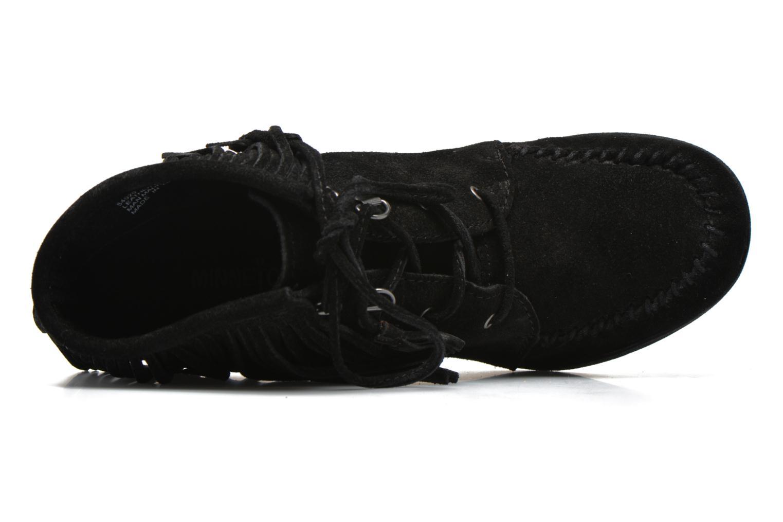 Bottines et boots Minnetonka Lace-Up Fringe Ankle Wedge Boot Noir vue gauche