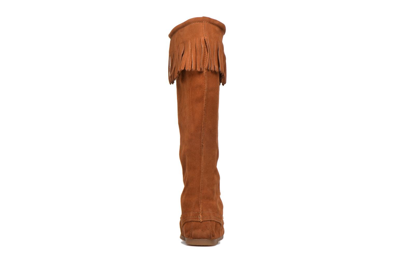 Bottes Minnetonka Front Lace Knee-Hi Boot Marron vue droite