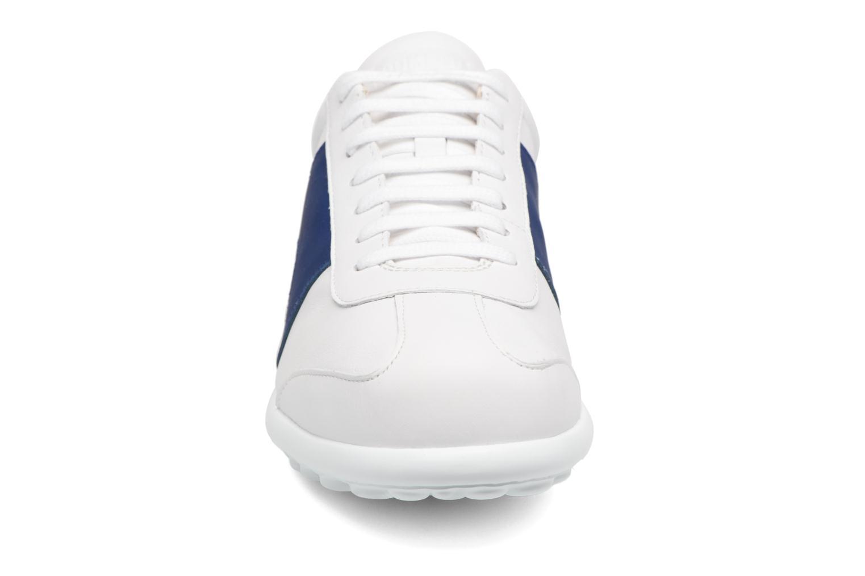 Baskets Camper Pelotas XL K100219 Blanc vue portées chaussures