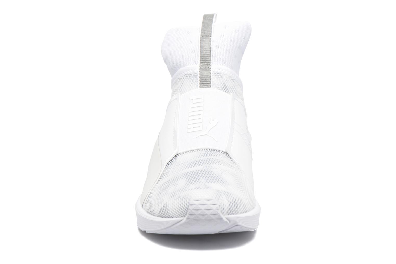 Chaussures de sport Puma WNS Fierce Swan Blanc vue portées chaussures