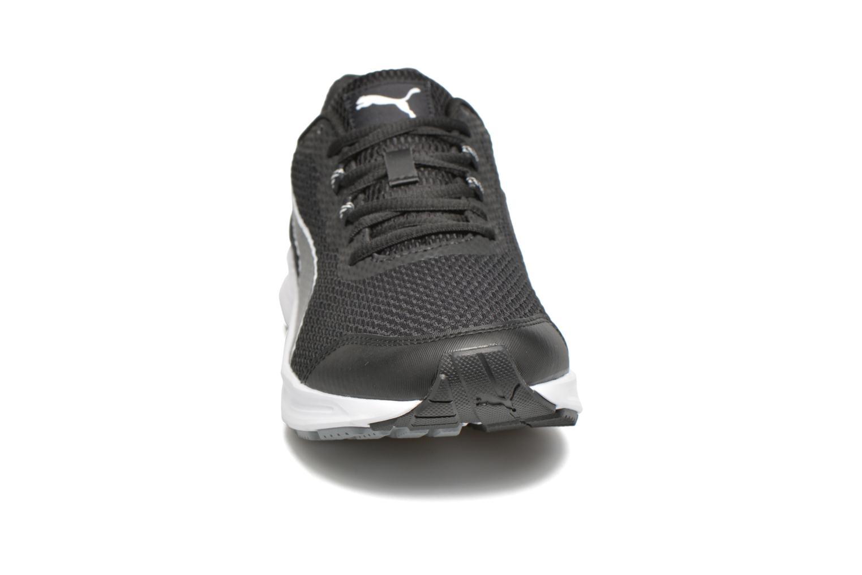 Chaussures de sport Puma Descendant V4 Noir vue portées chaussures