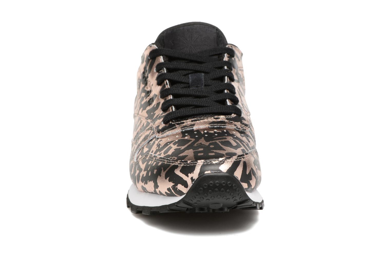 Baskets Reebok Cl Lthr Hijacked Heritage Multicolore vue portées chaussures