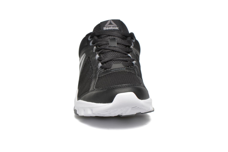 Chaussures de sport Reebok Yourflex Trainette 9.0 Mt Noir vue portées chaussures