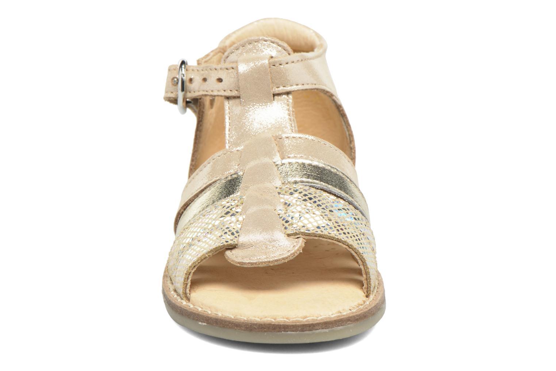 Sandales et nu-pieds Babybotte Teoxana Or et bronze vue portées chaussures