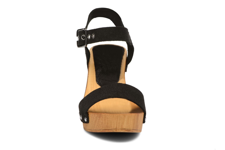 Zuecos Vero Moda Sima Leather Sandal Negro vista del modelo