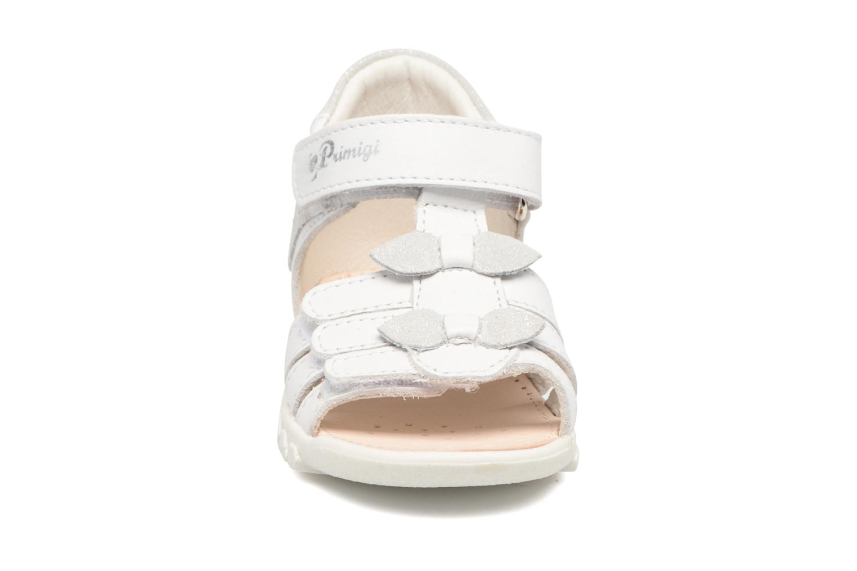 Sandales et nu-pieds Primigi Bruna Blanc vue portées chaussures