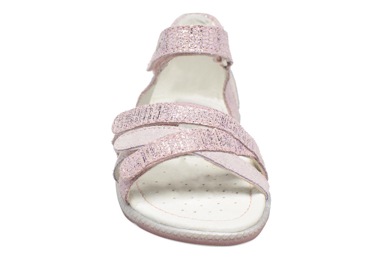 Sandali e scarpe aperte Primigi Cassandra Rosa modello indossato