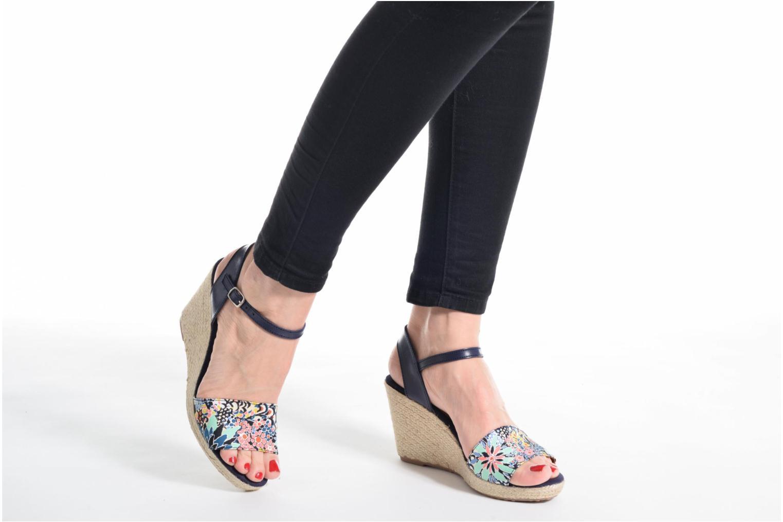 Sandales et nu-pieds Pare Gabia Marina Bleu vue bas / vue portée sac