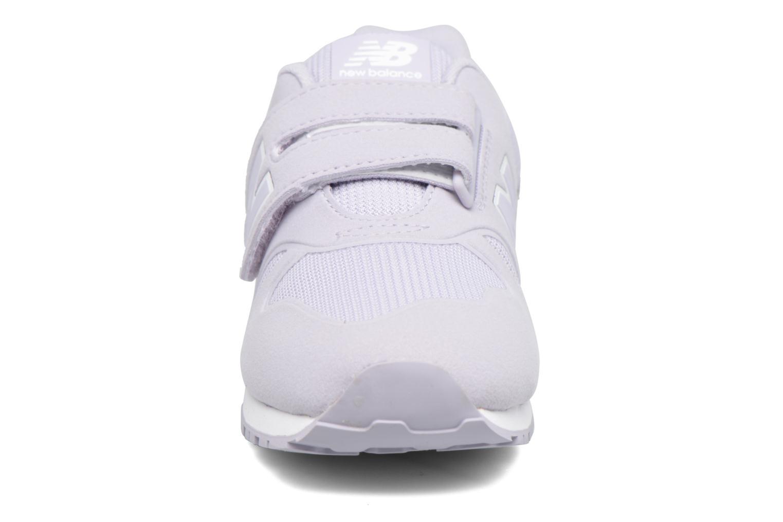 Sneakers New Balance KA373 J Viola modello indossato