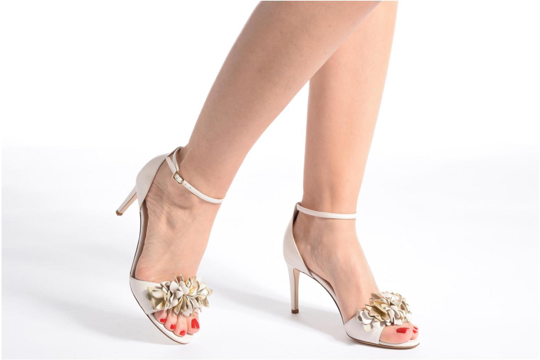 Sandales et nu-pieds L.K. Bennett Claudie Bleu vue bas / vue portée sac