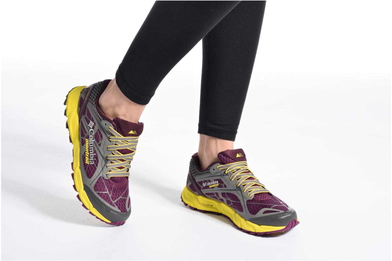 Chaussures de sport Columbia Caldorado II W Violet vue bas / vue portée sac