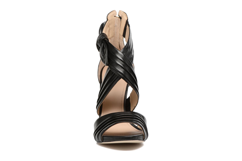 Sandalen Guess AZALI Zwart model