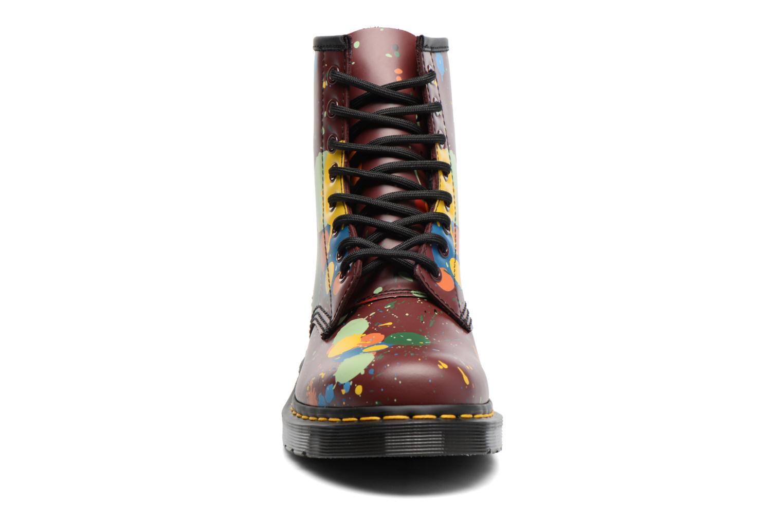 Bottines et boots Dr. Martens 1460 Splatter Rouge vue portées chaussures