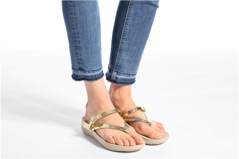 Sandales et nu-pieds FitFlop Flip Leather Sandal Or et bronze vue bas / vue portée sac