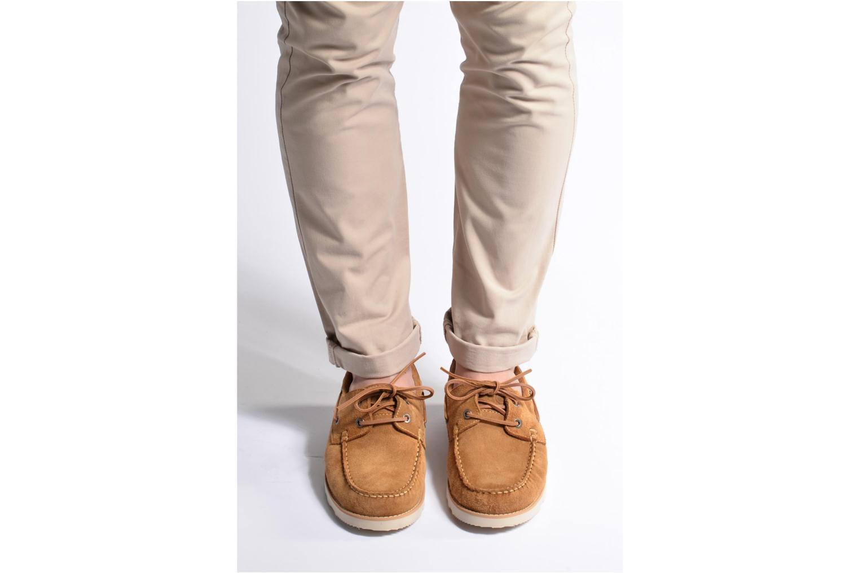 Chaussures à lacets Mr SARENZA Stavan Marron vue bas / vue portée sac