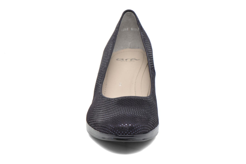 Escarpins Ara Toulouse Pla 23402 Bleu vue portées chaussures