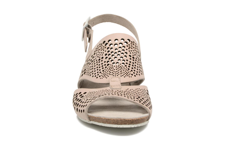 Sandales et nu-pieds TBS Koralie Beige vue portées chaussures