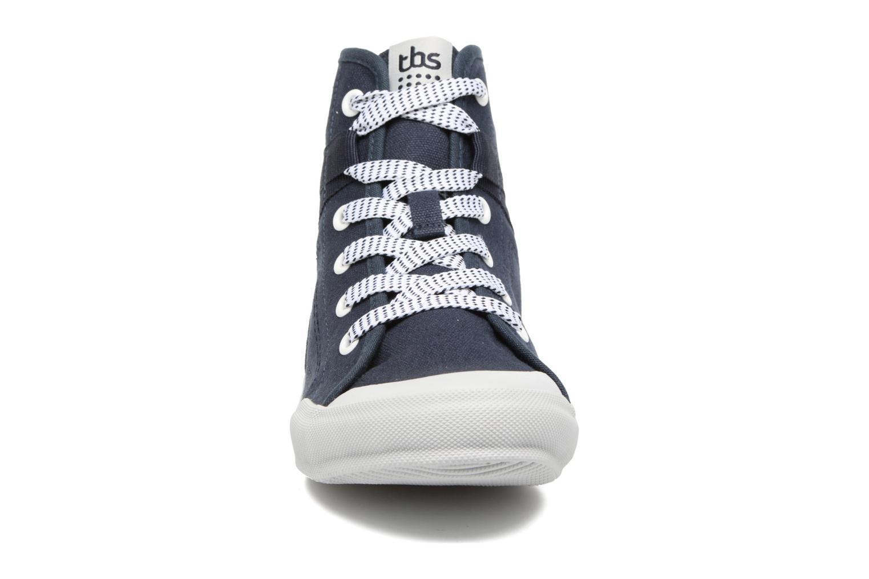 Baskets TBS Oliviah Bleu vue portées chaussures