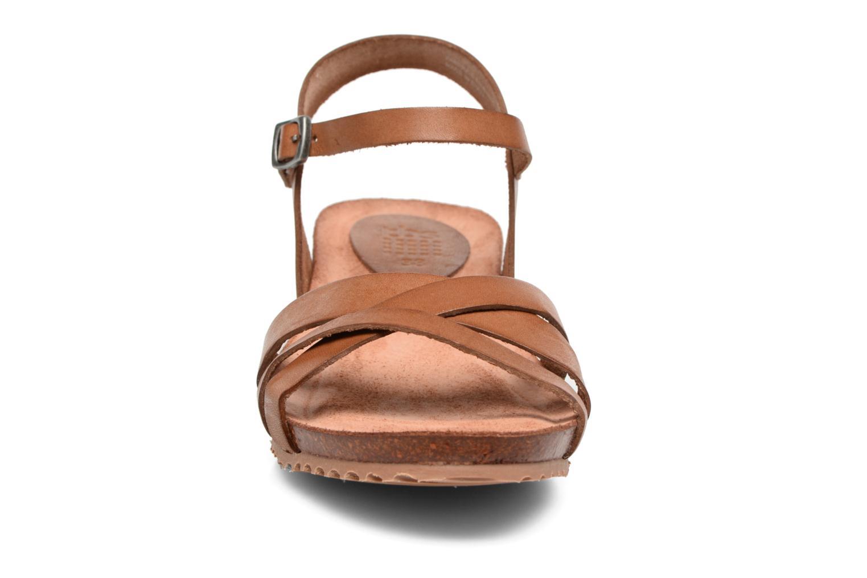 Sandales et nu-pieds TBS Sabinne Marron vue portées chaussures