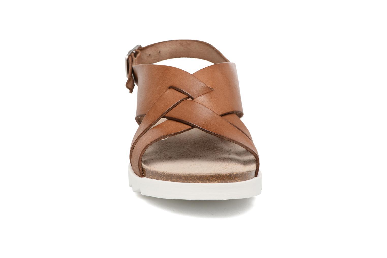 Sandales et nu-pieds TBS Tressie Marron vue portées chaussures