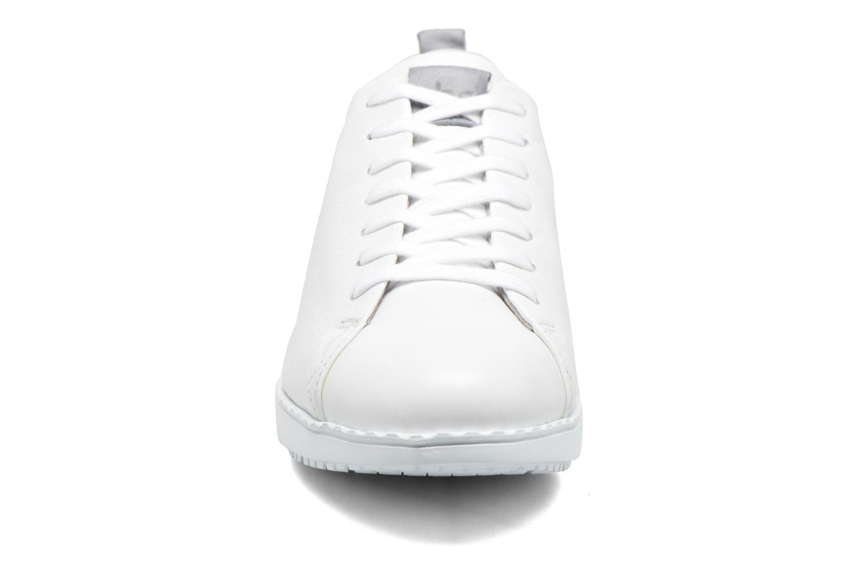 Baskets TBS Wenddie Blanc vue portées chaussures