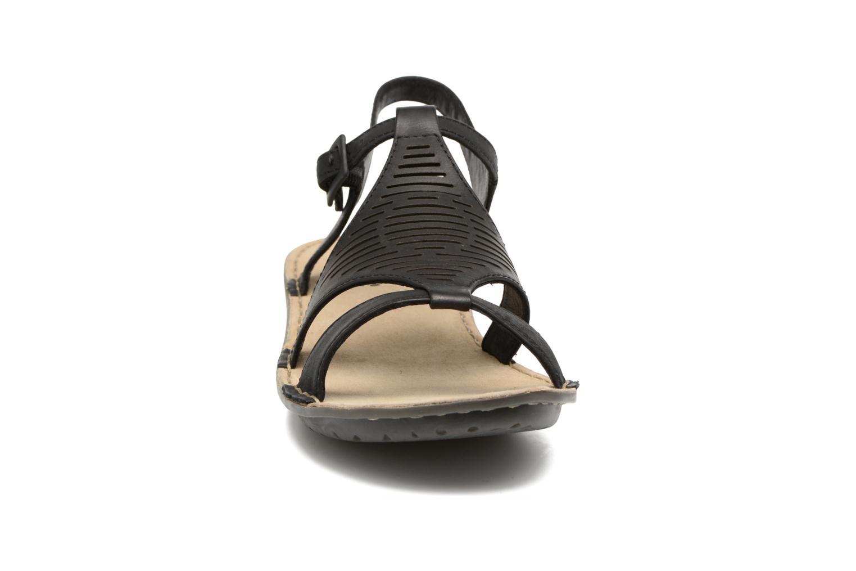 Sandales et nu-pieds TBS Zaharia Noir vue portées chaussures