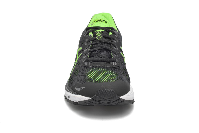 Chaussures de sport Asics GT-1000 5 Noir vue portées chaussures
