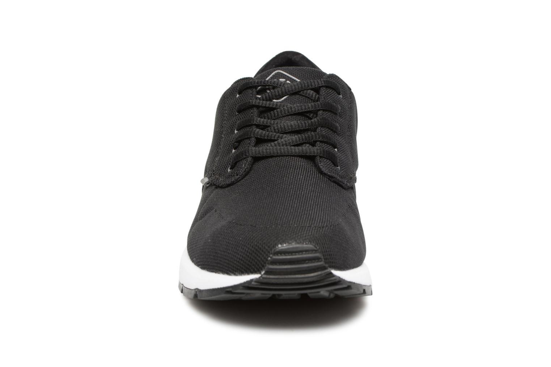 Baskets Element Topaz Trail Noir vue portées chaussures
