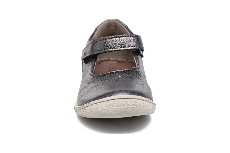 Ballerines Kickers Calluna Argent vue portées chaussures