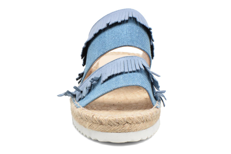 Zoccoli Anaki Buenosa Azzurro modello indossato