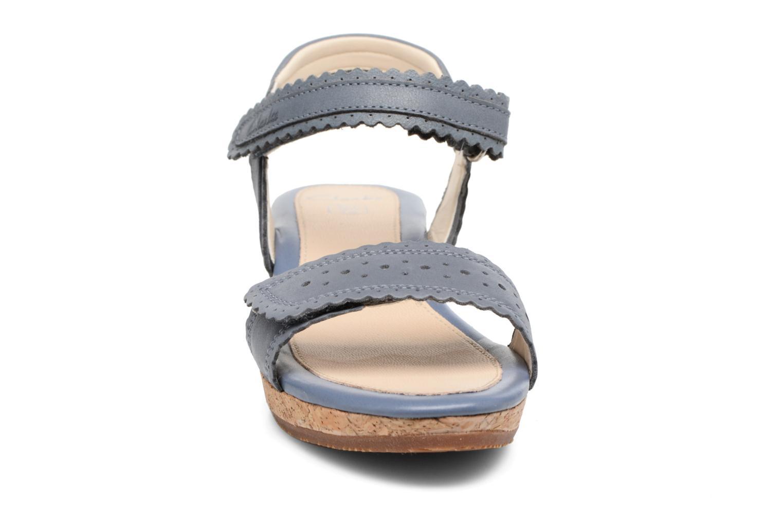 Sandales et nu-pieds Clarks Harpy Myth Jnr Bleu vue portées chaussures