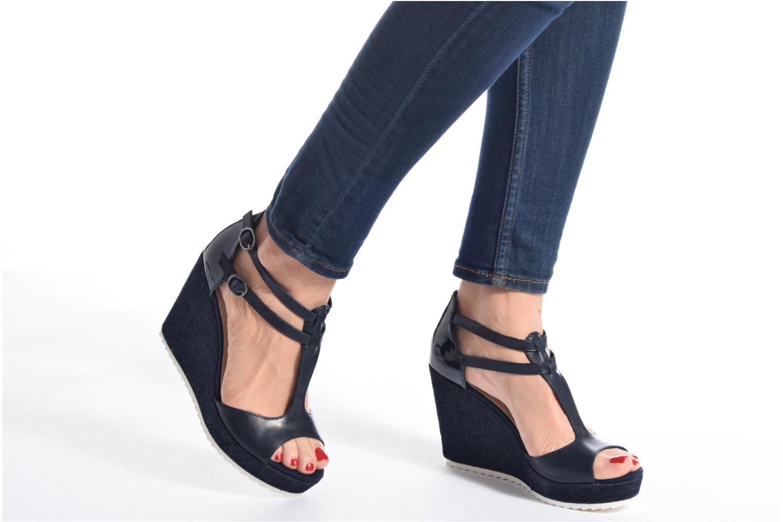 Sandales et nu-pieds S.Oliver Prune Bleu vue bas / vue portée sac
