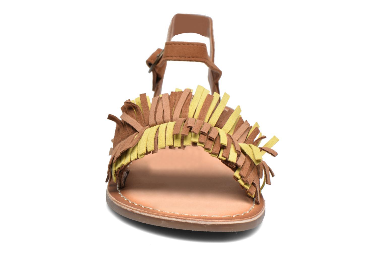 Sandales et nu-pieds Kickers Dixfroufrou Kid Marron vue portées chaussures