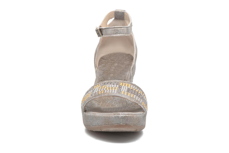 Sandalen Khrio Maika grau schuhe getragen