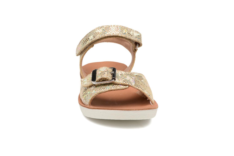 Sandali e scarpe aperte Shoo Pom Goa Sandal Girl Oro e bronzo modello indossato