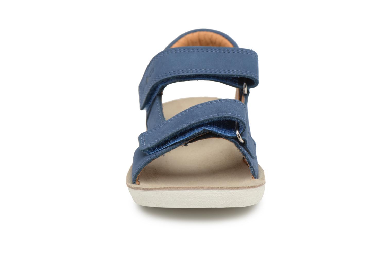 Sandali e scarpe aperte Shoo Pom Goa Boy Scratch Azzurro modello indossato