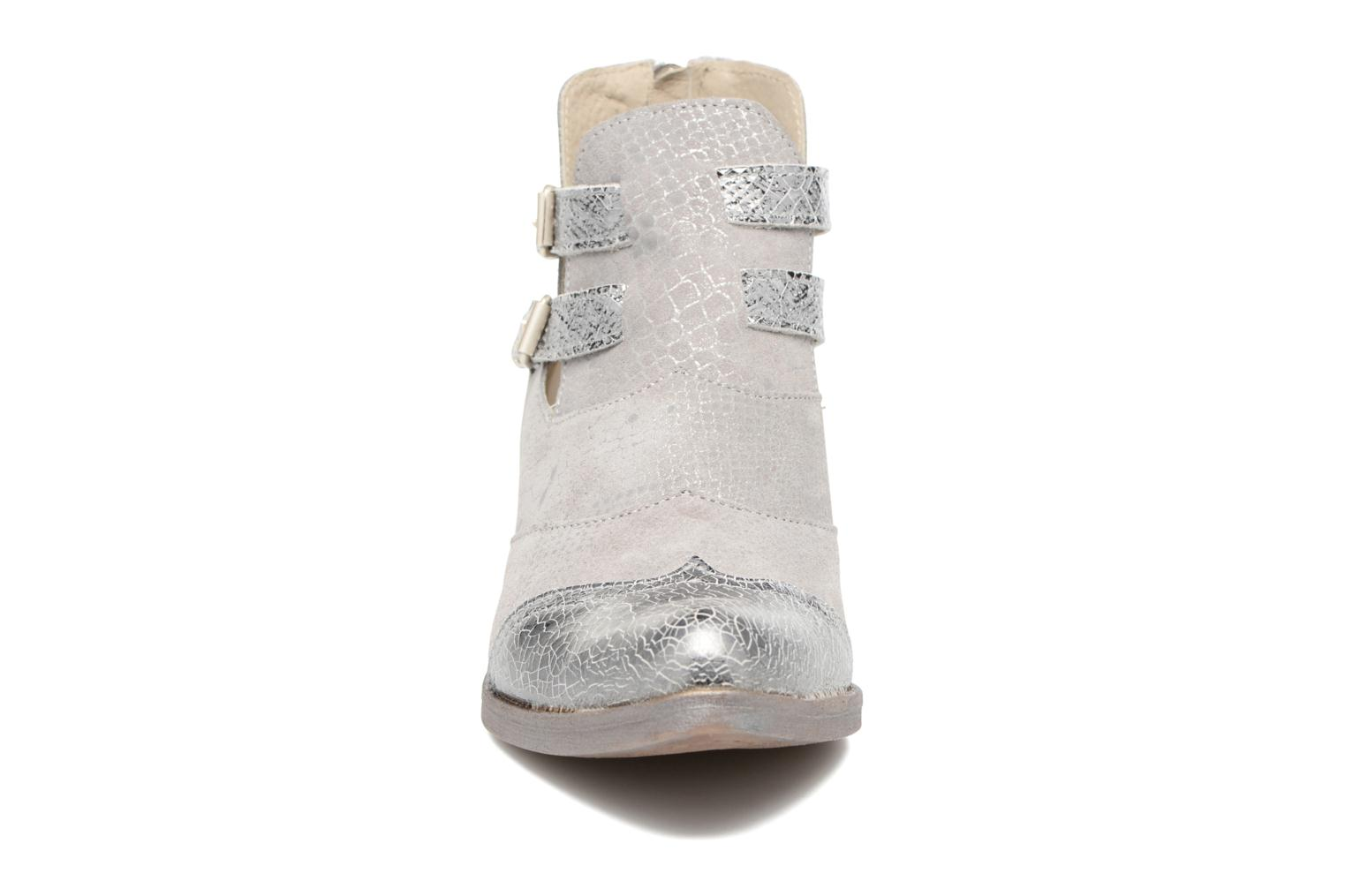Ankle boots Khrio Gaia Silver model view