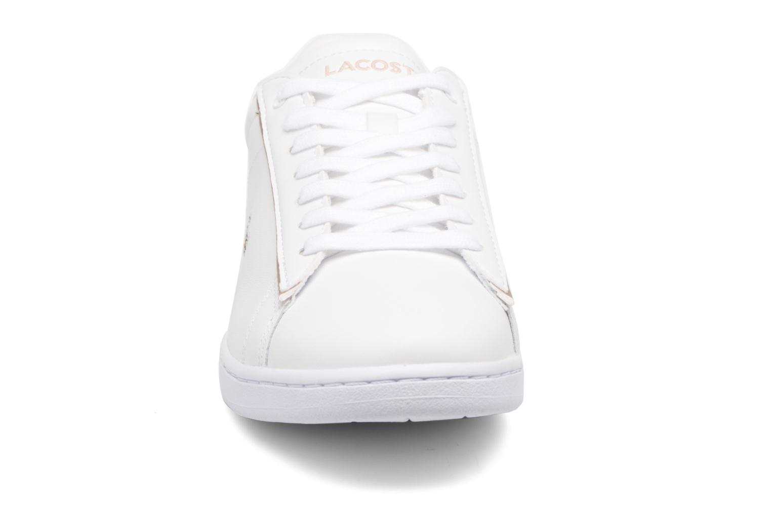 Baskets Lacoste Carnaby Evo 217 2 Blanc vue portées chaussures