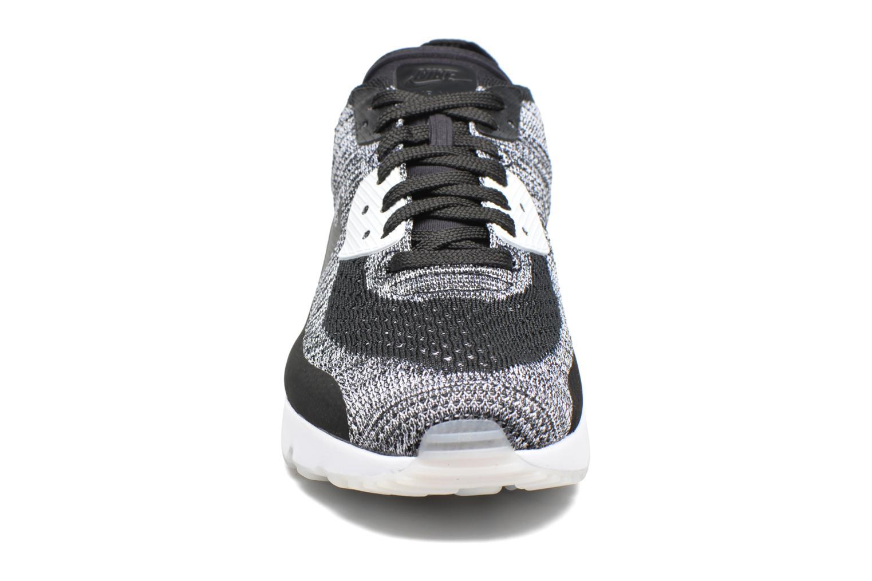 Baskets Nike Air Max 90 Ultra 2.0 Flyknit Noir vue portées chaussures